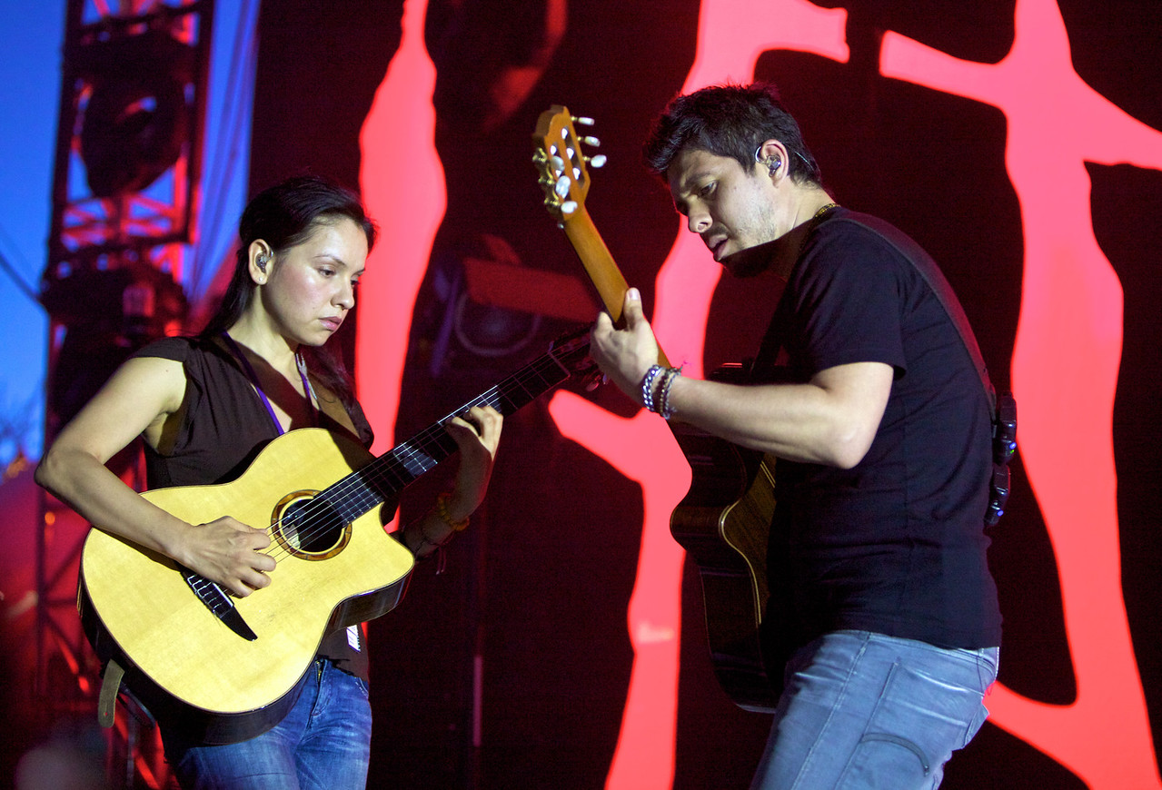 Rodrigo y Gabriela at the Nice Jazz Festival 2010 1