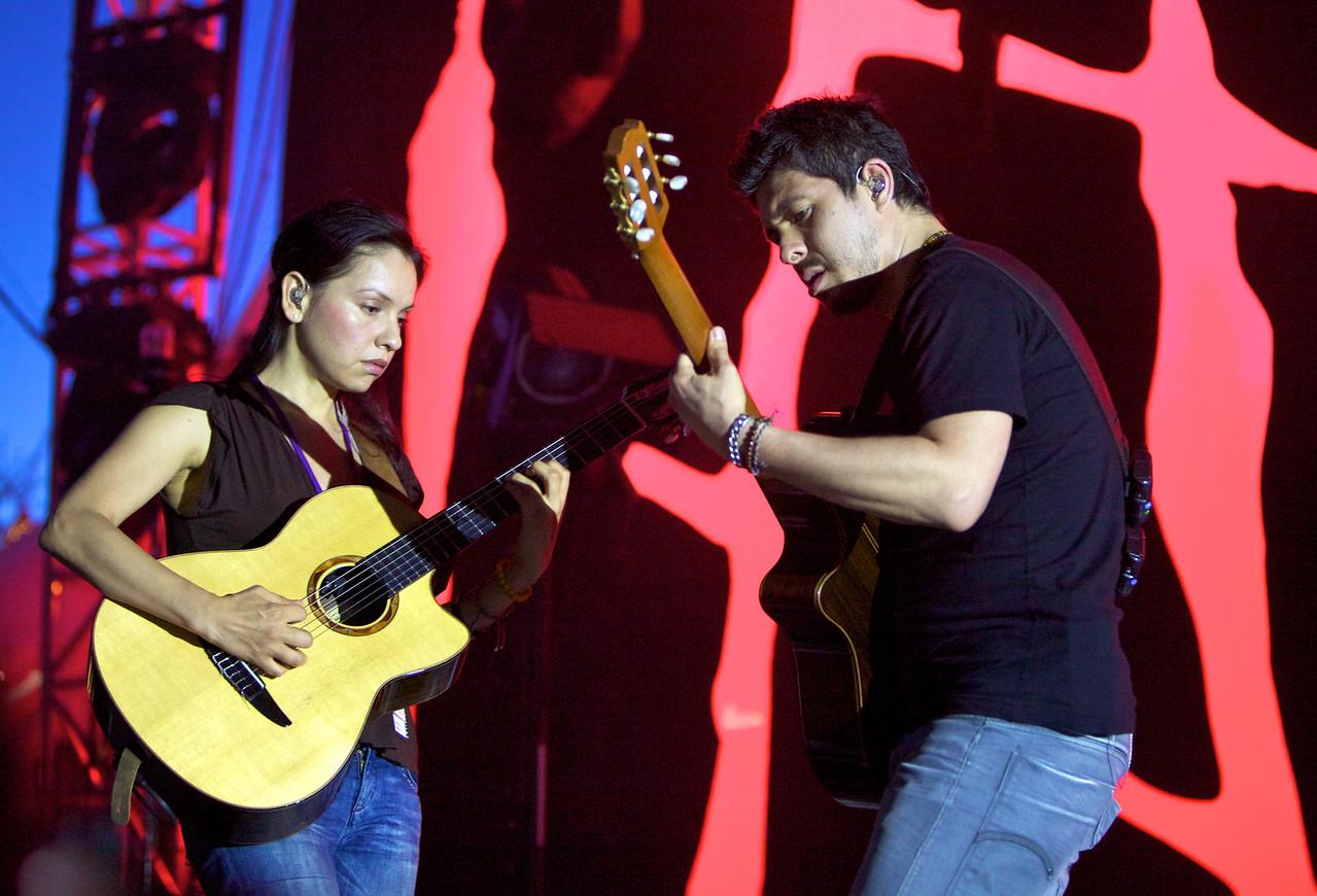 Rodrigo y Gabriela at the Nice Jazz Festival 2010 1