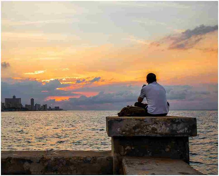2019-04-07-Radhika-01-Contemplation.jpg