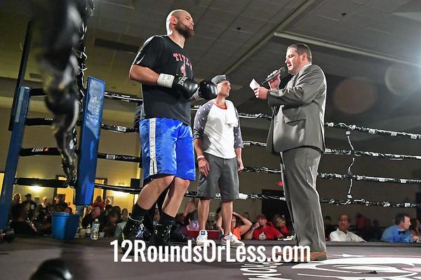 Daniel Martz, Black Gloves, Clarksburg, WV  -vs-  Richard Carmak, Red Gloves, Kansas City, MO,  Heavy Weight