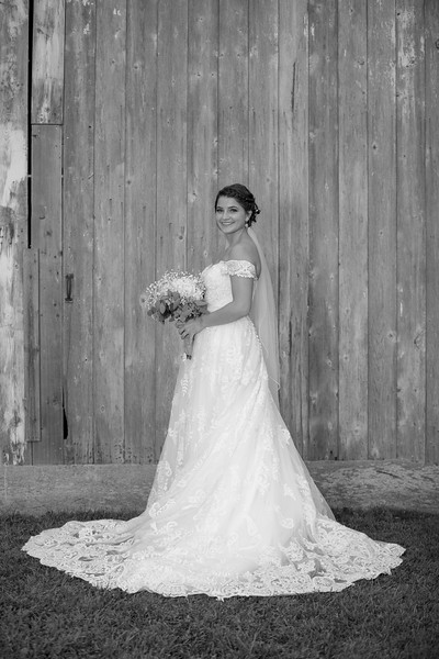 BridalPartyBW-33.jpg