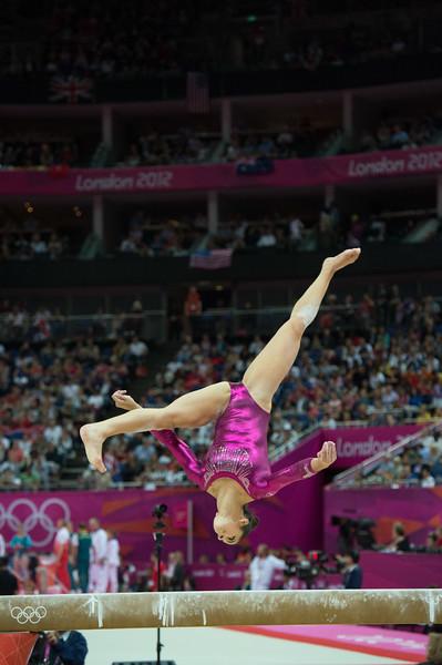 __02.08.2012_London Olympics_Photographer: Christian Valtanen_London_Olympics__02.08.2012__ND43506_final, gymnastics, women_Photo-ChristianValtanen