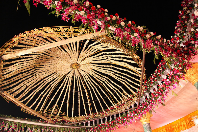 A detailed view of the flower canopy above the stage.