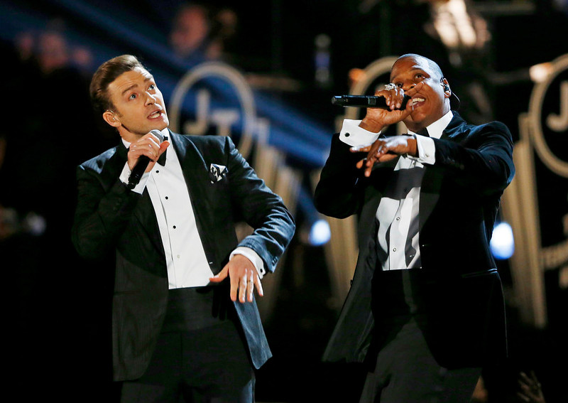 . Justin Timberlake performs with Jay-Z (R) at the 55th annual Grammy Awards in Los Angeles, California, February 10, 2013.  REUTERS/Mike Blake