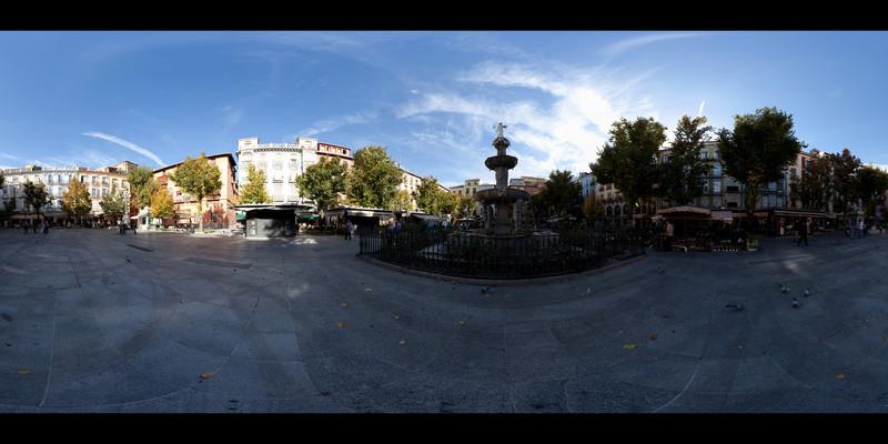 Granada Plaza Panorana.jpg
