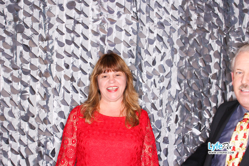red-hawk-2017-holiday-party-beltsville-maryland-sheraton-photo-booth-0093.jpg