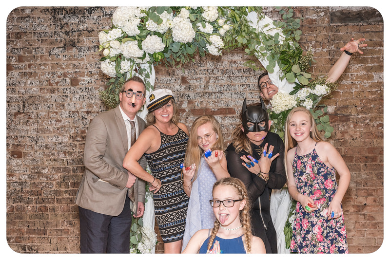 Laren&Bob-Wedding-Photobooth-123.jpg