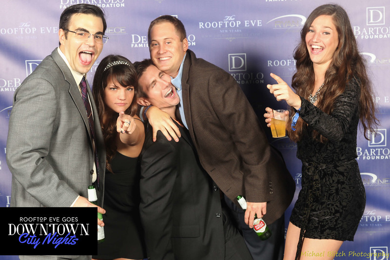 rooftop eve photo booth 2015-826