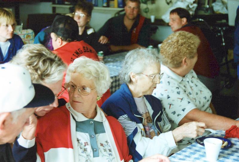 1997 Aunts in a row, Marion, Guyla and Nelda.jpeg