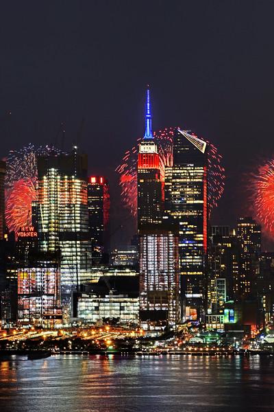 NYC July 4  Fireworks Show