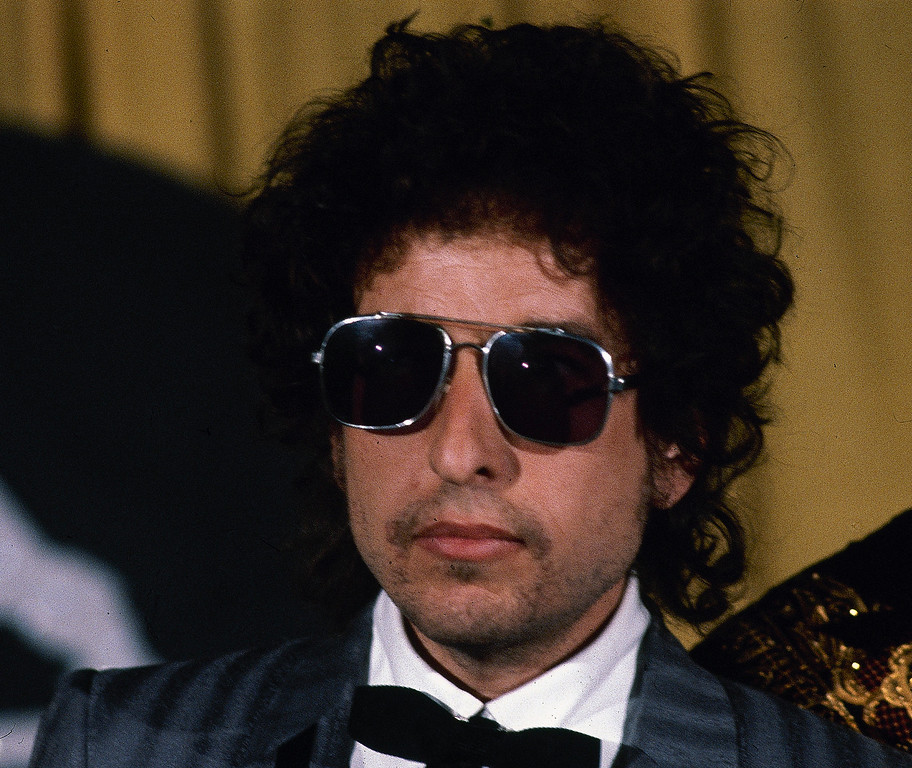 . Singer-songwriter Bob Dylan is seen at the Grammy Awards in Los Angeles, Feb. 28, 1984.  (AP Photo/Reed Saxon)