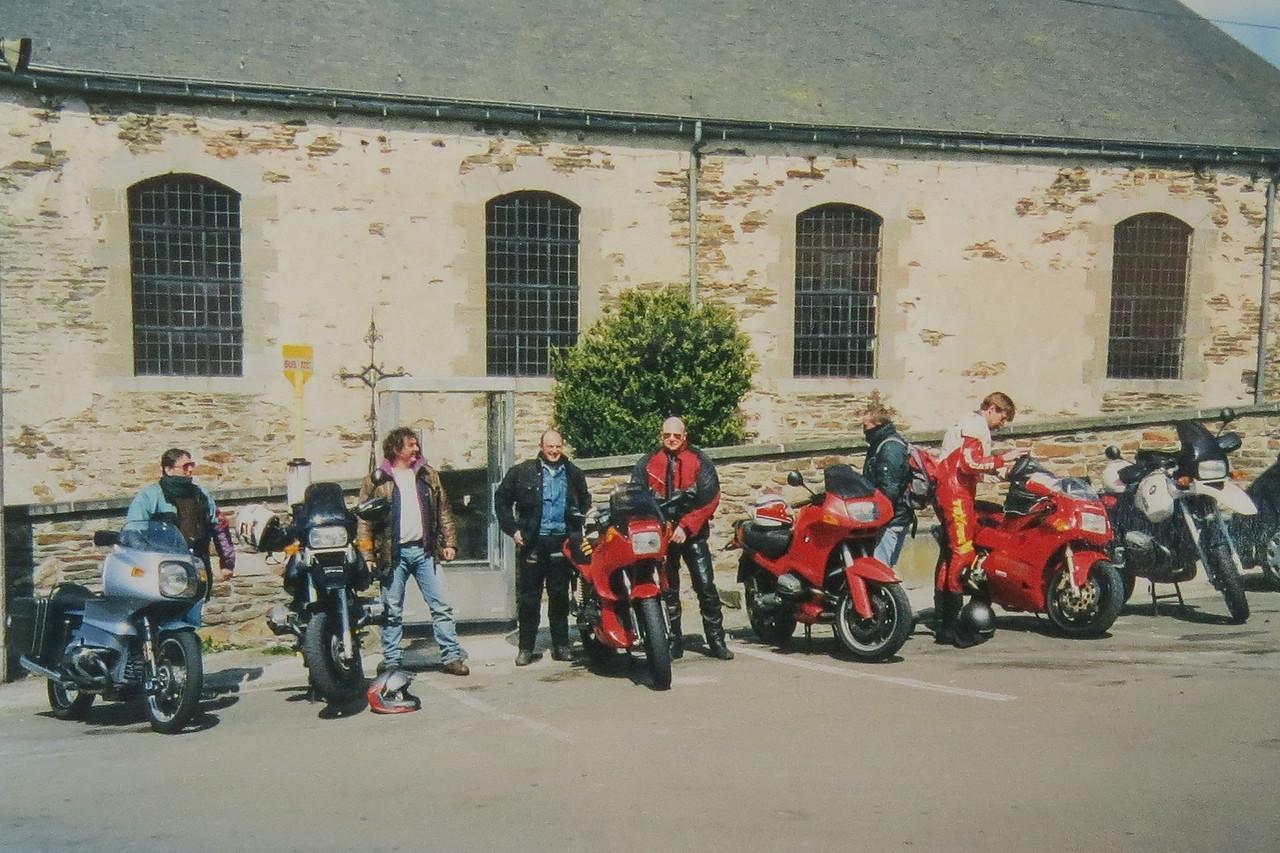 1997 Fun met slechte vrienden en een gehuurde R1100GS