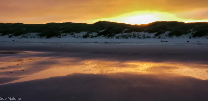 Beach sunrise-8.jpg