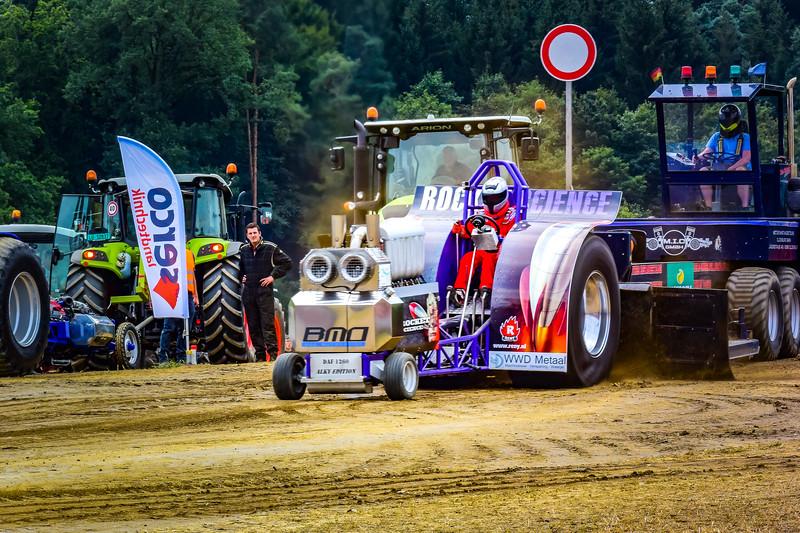 Tractor Pulling 2015 V3-0514.jpg