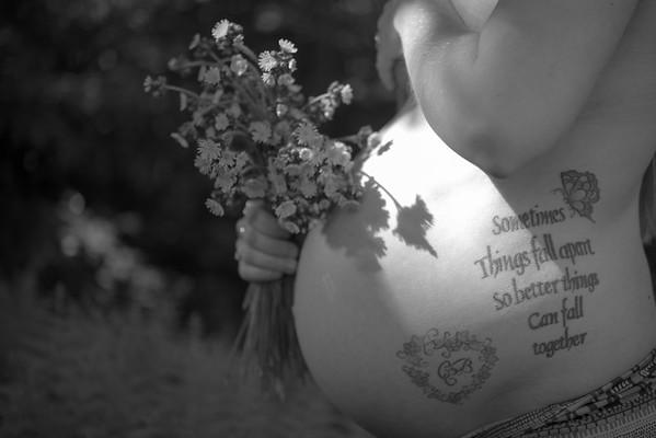 Maternity Portraiture (NSFW)