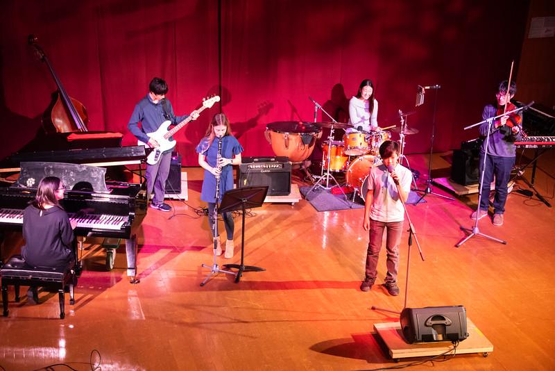 Play Perform Create-Concert-YIS_9039-2018-19.jpg