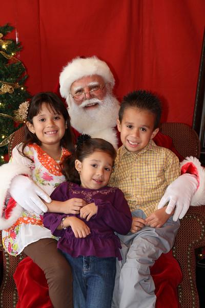 Santa Clause 27NOV2010-161.JPG
