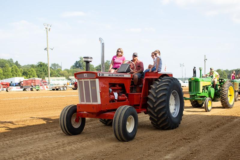 Antique Tractor Parade-22.jpg