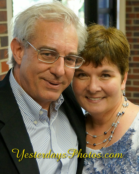 Thanks to Kelly Darby for taking this photo of John and Madonna Gaudio.  YesterdaysPhotos com_DSC0176