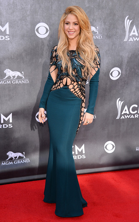 . Shakira arrives at the 49th annual Academy of Country Music Awards at the MGM Grand Garden Arena on Sunday, April 6, 2014, in Las Vegas. (Photo by Al Powers/Powers Imagery/Invision/AP)