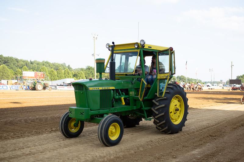 Antique Tractor Parade-110.jpg