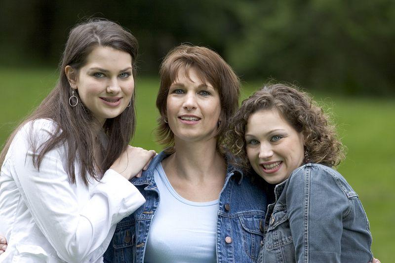 Family_T015.jpg