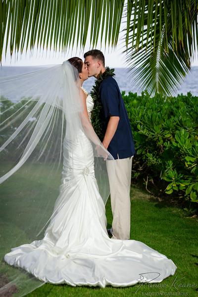 202__Hawaii_Destination_Wedding_Photographer_Ranae_Keane_www.EmotionGalleries.com__140705.jpg
