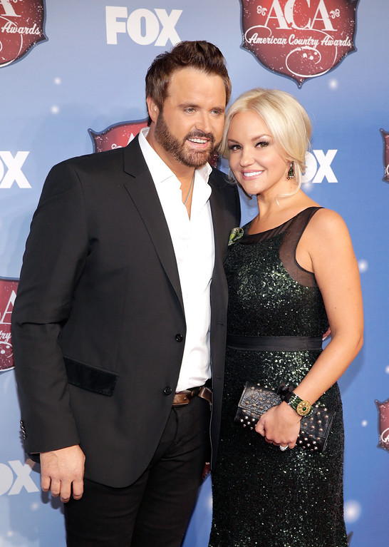 . Recording artist Randy Houser (L) and Jessa Lee arrive at the 2013 American Country Awards at the Mandalay Bay Events Center on December 10, 2013 in Las Vegas, Nevada.  (Photo by Isaac Brekken/Getty Images)