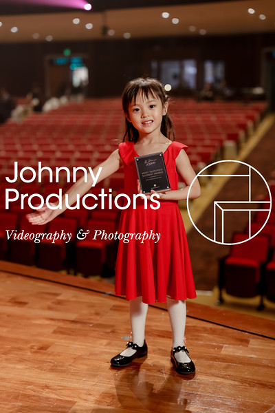0022_day 1_award_red show 2019_johnnyproductions.jpg