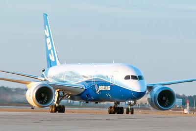 Boeing 787-8 DreamLiner, Dream Tour - Huntsville, AL 1/27-1/30/2012