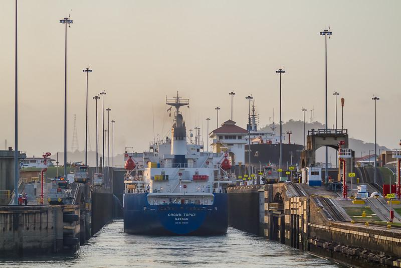 transit Panama Canal - UnCruise Adventures