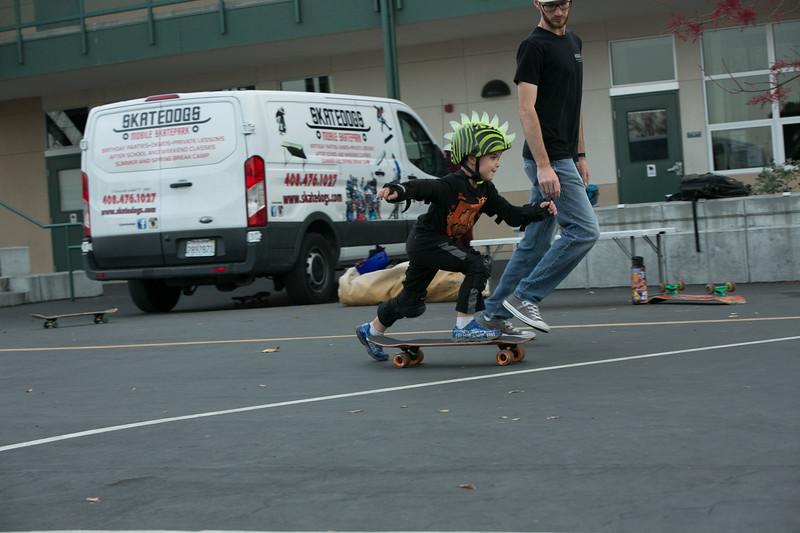 ChristianSkateboardDec2019-170.jpg