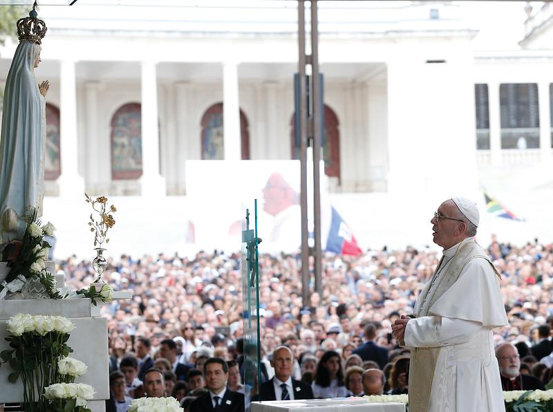 POPE-FATIMA-VIGIL