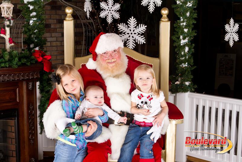 Santa Dec 8-160.jpg