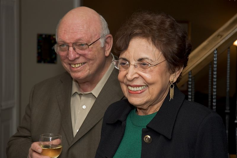 Aaron and Gloria   (Oct 08, 2005, 07:29pm)