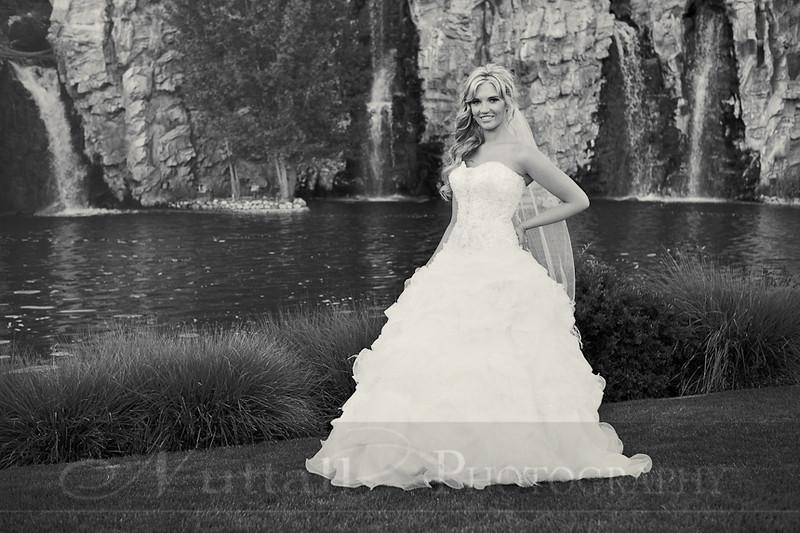 Stacy Bridals 44bw.jpg