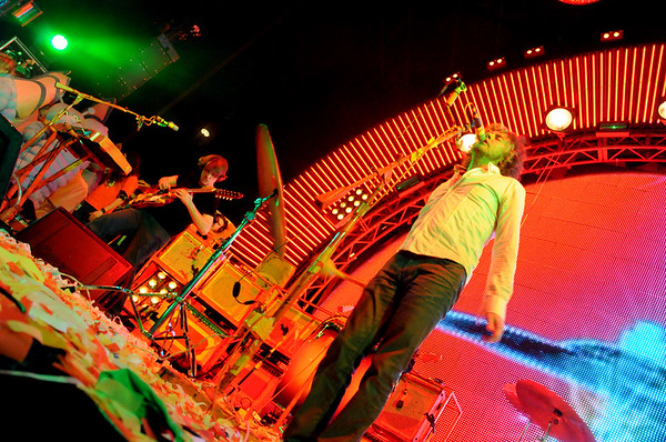The Flaming Lips, Wayne Coyne, Steven Drozd ,New Years Freakout 2011.