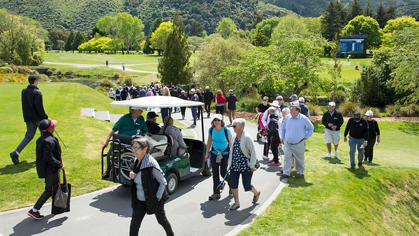 Crowds moving off the 1st tee on the 2nd day of competition  in the Asia-Pacific Amateur Championship tournament 2017 held at Royal Wellington Golf Club, in Heretaunga, Upper Hutt, New Zealand from 26 - 29 October 2017. Copyright John Mathews 2017.   www.megasportmedia.co.nz