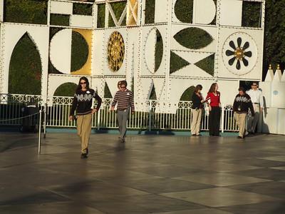 DLR - Christmas Fantasy Parade - 11/17/06