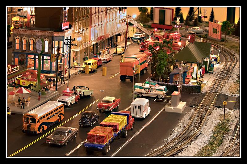 Focus stacked Model train 01.jpg