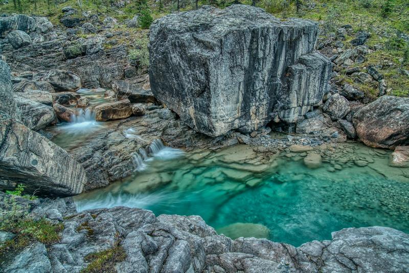 Muncho Lake Provincial Park-12.jpg