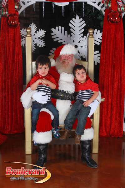 Santa 12-17-16-270.jpg