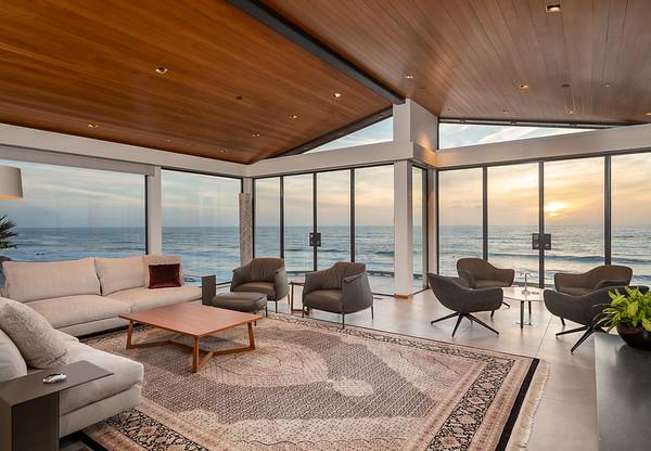 303 Vista De La Playa