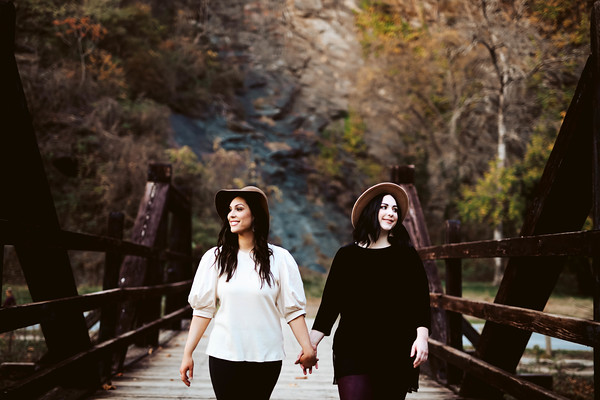 Ashlyn and Victoria | Sister Session Fall 2020