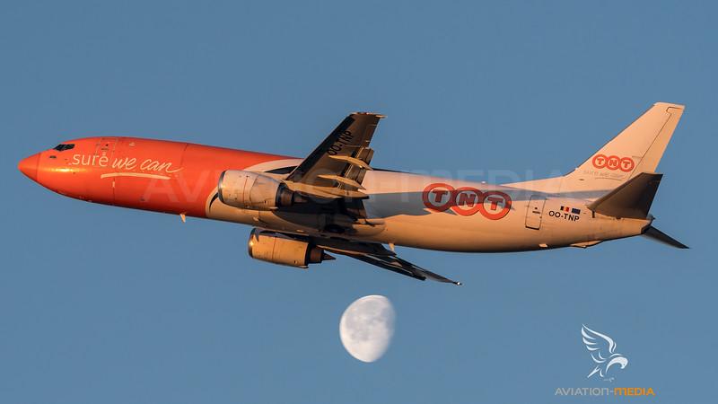 TNT / Boeing B737-45D(BDSF) / OO-TNP