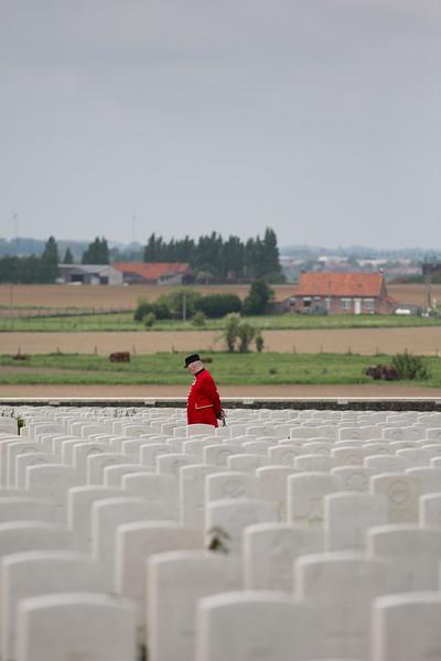 Ypres Tyne Cot Cemetery (59 of 123).jpg