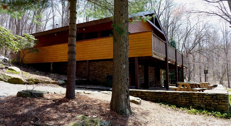 P1020019 Pine Lodge.jpg