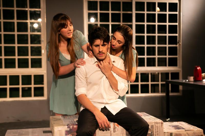 Allan Bravos - Celia Helena - O Beijo no Asfalto-2090.jpg