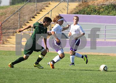 Denair vs mariposa soccer 2011