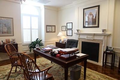 Law Dean's Suite